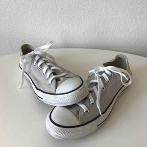 Chuck Taylor all-star Converse sneakers low top